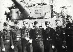 Panzermänner from 1 Kp./s.SS-PzAbt 502 on 29 of November 1944