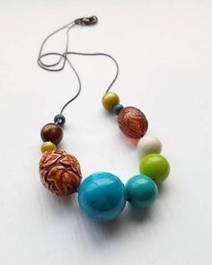 urban decay necklace vintage lucite autumn leaves teal
