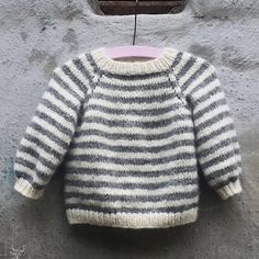 Ravelry: Babette Sweater pattern by PixenDk Knitting For Kids, Baby Knitting Patterns, Knit Or Crochet, Crochet For Kids, Kids Patterns, Baby Sweaters, Sweater Outfits, Baby Wearing, Kids Outfits