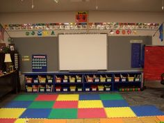 Many, many ideas for elementary school classroom organization. First Grade Classroom, Classroom Setting, Kindergarten Classroom, Future Classroom, School Classroom, School Fun, School Stuff, Classroom Layout, Classroom Organisation