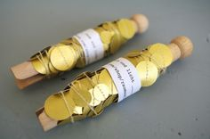 Garland little golden circles by raumundlicht on Etsy, A Little Party, Silvester Party, Golden Circle, New Years Eve Party, Wine Rack, Wedding Anniversary, Diy And Crafts, Wedding Decorations, Etsy