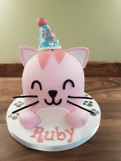 Pink cat with party hat dome top girls birthday cake - Pink Birthday Cake Ideen Elephant Birthday Cakes, Birthday Cake For Cat, Pink Birthday Cakes, Birthday Cake Toppers, Party Favors, Party Cakes, Kitten Party, Cat Party, Cake Pink