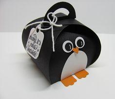 Curvy Keepsake Box Penquin 001