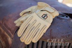 Icon-1000-Rimfire-gloves-590x393.jpg (1000×666)