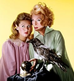 Agnes Moorehead and Elizabeth Montgomery.  In 1964, Moorehead accepted the role of Endora, in the situation comedy Bewitched. She later commented that she had not expected it to succeed and that she ultimately felt trapped by its success.