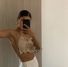 Best Aesthetic Clothes Part 7 Mode Outfits, Trendy Outfits, Summer Outfits, Fashion Outfits, Fashion Tips, Fashion Ideas, Pool Party Outfits, Workwear Fashion, Jeans Fashion
