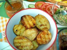 Grilovaná marinovaná krkovička (fotorecept) - recept | Varecha.sk Potatoes, Vegetables, Food, Red Peppers, Potato, Essen, Vegetable Recipes, Meals, Yemek
