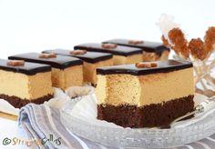 Prajitura Caramel de cofetarie Romanian Desserts, Desert Bar, Desert Recipes, Vanilla Cake, Cake Decorating, Cheesecake, Food Porn, Food And Drink, Appetizers
