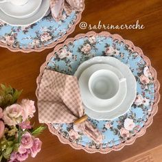 Home Crafts, Fun Crafts, Diy And Crafts, Sewing Crafts, Sewing Projects, Place Mats Quilted, Shabby Fabrics, Quick Crochet, Sewing Lessons
