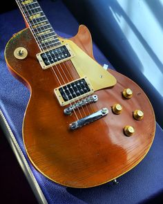 Here's a 1969 gold top with a lot of vibe. This Gibson Les Paul Deluxe sold quickly, but we thought you'd enjoy seeing it. Keep an eye on our Recent Arrivals page to get first dibs on what's new at elderly.com.