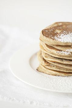 Pancakes mit Apfel-Mango-Mus