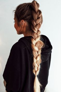 39 Gorgeous Winter Hairstyles For Long Hair - Hair & Beauty Lazy Day Hairstyles, Winter Hairstyles, Pretty Hairstyles, Style Hairstyle, Hairstyle Ideas, Hairstyles 2018, Unique Hairstyles, Waitress Hairstyles, Hairband Hairstyle