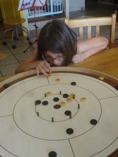 le Crokinole : jeu en bois canadien