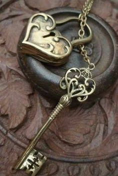 Keys & Locks: Heart lock and key. Antique Keys, Vintage Keys, Under Lock And Key, Key Lock, I Love Heart, Key To My Heart, Cles Antiques, Yoga Studio Design, Bronze