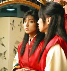 Lee Jun Ki in King and Clown