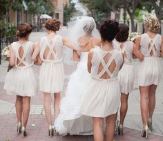 How to Choose your Bridal Party [Guest Post] - Wedding Party