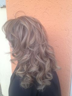 Hair on Pinterest   Layered Hairstyles, Ash Brown Hair and Christie ... Wavy Hair Tumblr Back Of Head