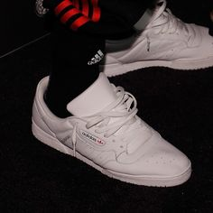 Kanye West's Old Man Sneakers Are Everywhere Right Now | GQ