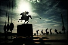 Alexander the great statue in Thessaloniki, Greece Around The World In 80 Days, Around The Worlds, Alexander The Great Statue, Alexandre Le Grand, Greek Isles, Thessaloniki, Macedonia, Ancient Greece, Beautiful Places