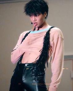 Nini what are you thinking? Baekhyun, Kaisoo, Exo Kai, Chen, Sekai Exo, Kim Jongin, Xiu Min, Billy Elliot, Kpop
