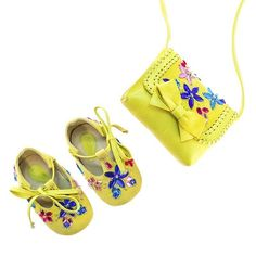 Sunny days and beach waves - these are Vibys soft yellow suede T-bar baby shoes with a matching mini shoulder bag #babyfashion #babyshoes #yellowshoes #yellowbag #shoulderbag #mini #cute #kidsfashion #minibag #kidsshoes #crystalshoes