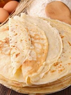 Pâte à crêpes extra - Thermomix Desserts, Easy Desserts, Dessert Recipes, Pancakes Easy, French Pancakes, French Crepes, Crepe Recipes, Cooking Chef, Food Inspiration