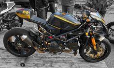 Custom Street Bikes, Custom Motorcycles, Custom Bikes, Cars And Motorcycles, Custom Cafe Racer, Cafe Racer Build, Ducati Cafe Racer, Cafe Racers, Ducati Monster