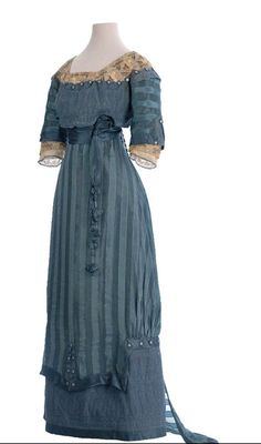 Sleeves // collar // stripes // sash in front // Color // so many things to like about this one.  ~Dress c.1911-1912 - The Musco de la Moda~