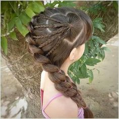 Inspirational and trendy heart braid looks for kids - Berühmte Frisuren - Braid Girl Hair Dos, Baby Girl Hair, Princess Hairstyles, Little Girl Hairstyles, Teenage Hairstyles, Little Girl Braids, Beautiful Hairstyle For Girl, Beautiful Hairstyles, Braided Hairstyles
