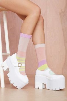 Stance Simplicity Sock – What's New - ropa, vacaciones y más Dr Shoes, Hype Shoes, Crazy Shoes, Sock Shoes, Me Too Shoes, Funky Shoes, Kawaii Shoes, Kawaii Clothes, Aesthetic Shoes