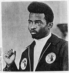 Chief Malik Ka'ba El formerly known as Jeff Fort. Gangster Quotes, Real Gangster, Mafia Gangster, Chicago Gangs, Chicago Street, Chicago City, Gangsters, Gangster Disciples, South Side Chicago