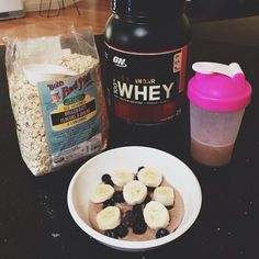Back in Perth, back to my old routine! Missing Jakarta already.  #breakfast #healthy #somuchprotein #oats #yum #Padgram