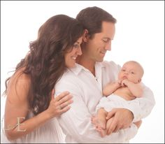 family newborn pose