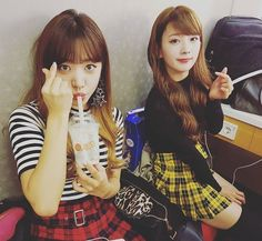 Apink´s Namjoo y Bomi