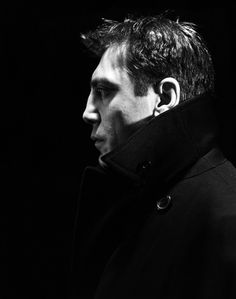 Javier Bardem...WOW. What an AMAZING photo...Javier Bardem is so manly cos of his incredibly strong profile...like wow!