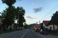 Pohronska Polhora, Hlavna ul Sidewalk, Country Roads, Walkway, Walkways