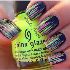 Bright stripe tips nailart