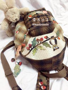【雪冻冰子·素儿24期团作】猫头鹰双肩包 Owl Backpack, Quilt Bag, Burlap, Reusable Tote Bags, Backpacks, Quilts, Embroidery, Sewing, Crochet