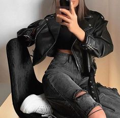 Edgy Outfits, Teen Fashion Outfits, Mode Outfits, Retro Outfits, Grunge Outfits, Cute Casual Outfits, Look Fashion, Fall Outfits, Mode Grunge