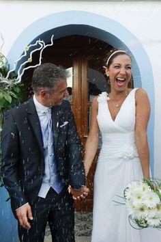 Amazing wedding photography and wedding photos in Lefkada Greece by Eikona True Love, Greece, Wedding Photos, Wedding Photography, Joy, Wedding Dresses, Amazing, Life, Fashion