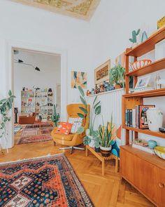 Interior Design For Living Room Retro Home Decor, Home Decor Styles, Home Living Room, Living Room Decor, Retro Living Rooms, Bungalow Decor, Bungalow Interiors, Bungalow Bedroom, Retro Apartment