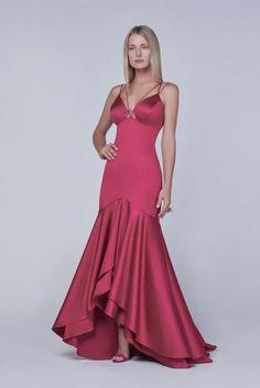 vestido de festa sereia  com babado: rosa maravilhoso