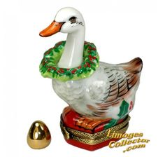 Christmas Goose with Holly Wreath & Golden Egg Limoges Box (Beauchamp)#LİMOGES##ANIMAL#