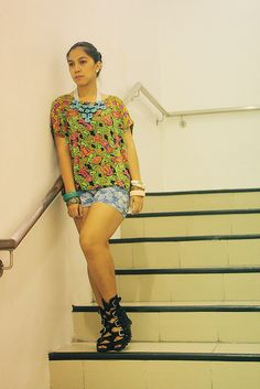Tropical prints! Shoes c/o Manels