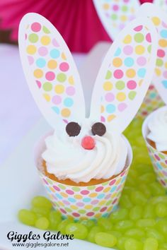 You'll love these easy to make Easter Bunny Cupcakes that will be a sweet addition to any Easter celebration! #easter #partyfood #recipe #cupcakes #easterfood #dessert