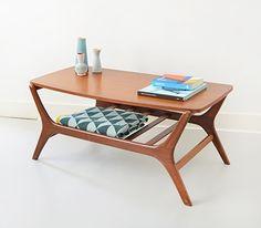 Zalig mooi tafeltje en het dekentje past er perfect. Staat nog op verlanglijst (deken is van Ferm Living)