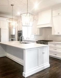 Consider Installing Kitchen Islands To Go With Your Unique Kitchen Design – Home Dcorz Home Decor Kitchen, Home Kitchens, White Kitchen Decor, Dream Kitchens, White Coastal Kitchen, Coastal Country, Outdoor Kitchens, Luxury Kitchens, Country Farmhouse
