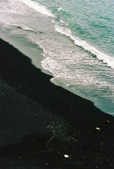 Aerial Photography, Travel Photography, Iceland Landscape, Summer Vibes, Around The Worlds, Waves, Italy, Explore, Beach