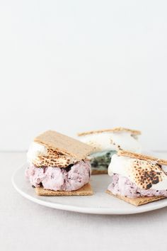 s'more ice cream sandwiches, the perfect combination of two summer classics