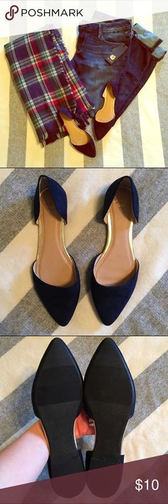 Gap Navy Blue Flats Size 8 Basically brand new!  Worn around the house one time.  Smoke free home.  Fast ship! GAP Shoes Flats & Loafers